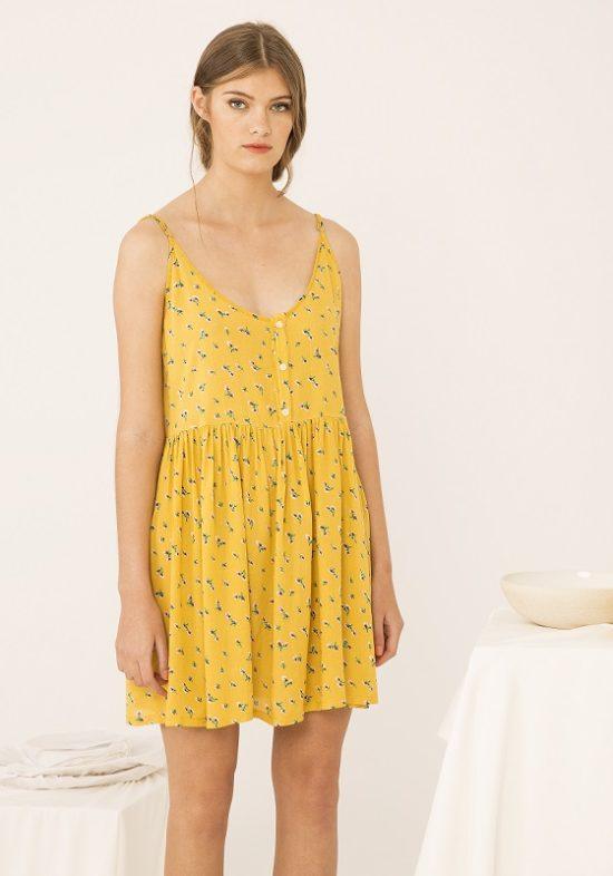 vestido-estampado-amarillo-tirantes