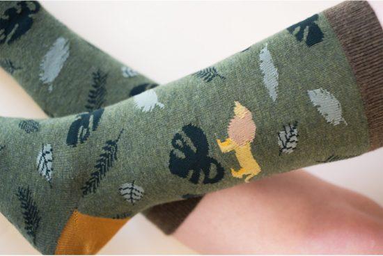 calcetines-frase-vive-y-se-feliz