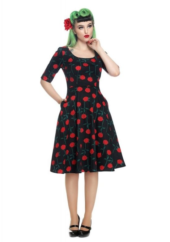 vestido-negro-rosas-pin-up