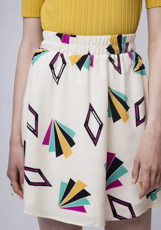 falda-estampado-geometrico-multicolor