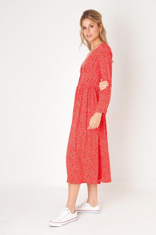 vestido-rojo-estampado-corazones-botones