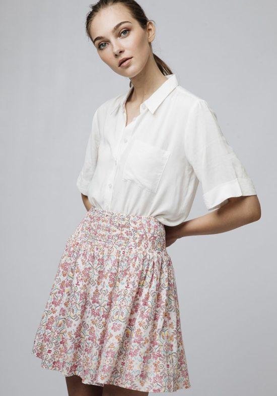 falda-corta-estampado-etnico-rosa