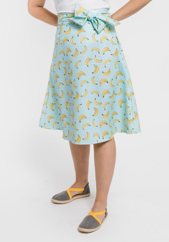 falda-turquesa-estampado-platanos