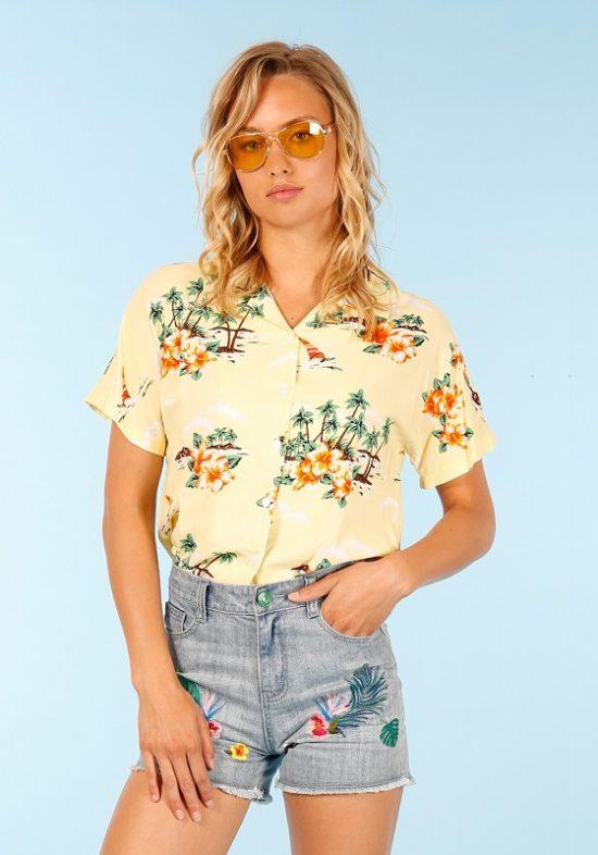 camisa-hawaiana-amarilla