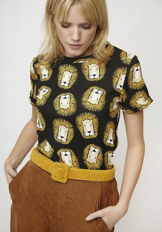 camiseta-manga-corta-estampado-leones