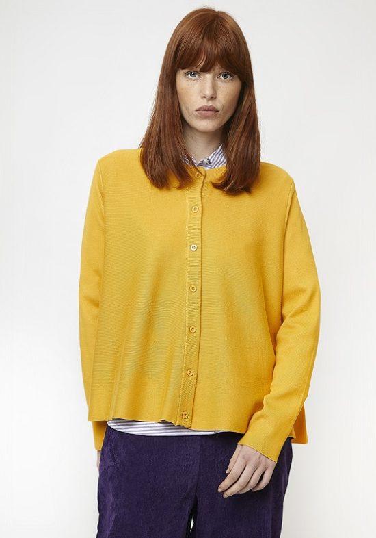 chaqueta-punto-amarilla-botones