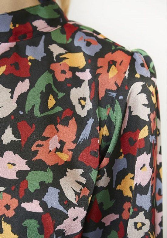 estampado-multicolor-saten-