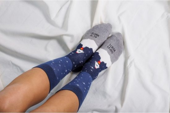 calcetines-suena-alto-llega-lejos