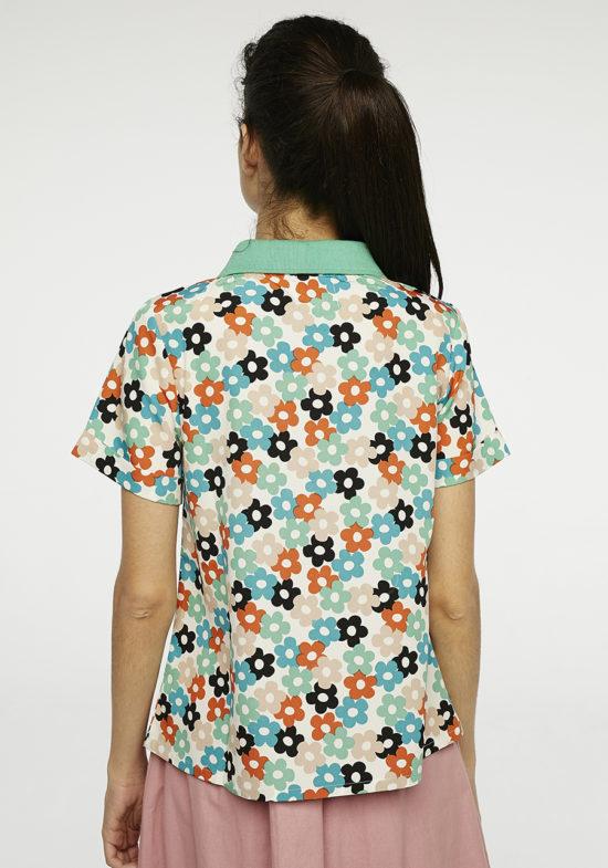 blusa-estampado-margaritas