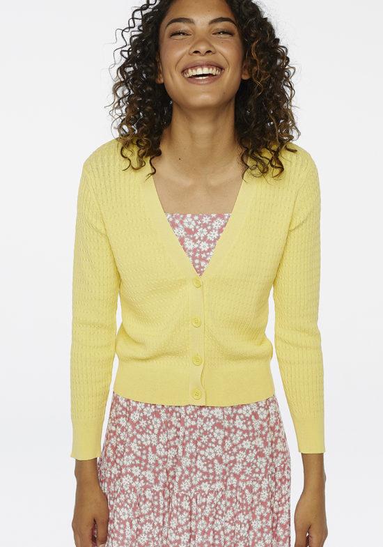 chaqueta-punto-fino-amarillo