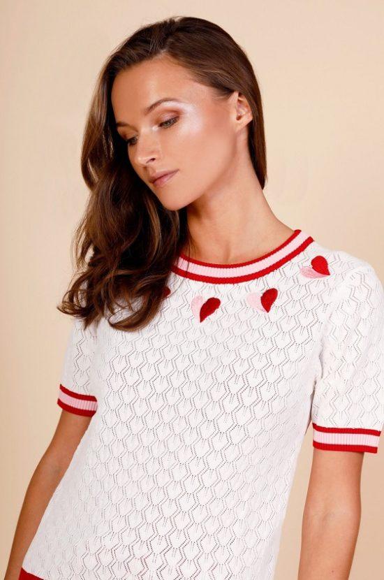 jersey-calado-blanco-bordado-corazones