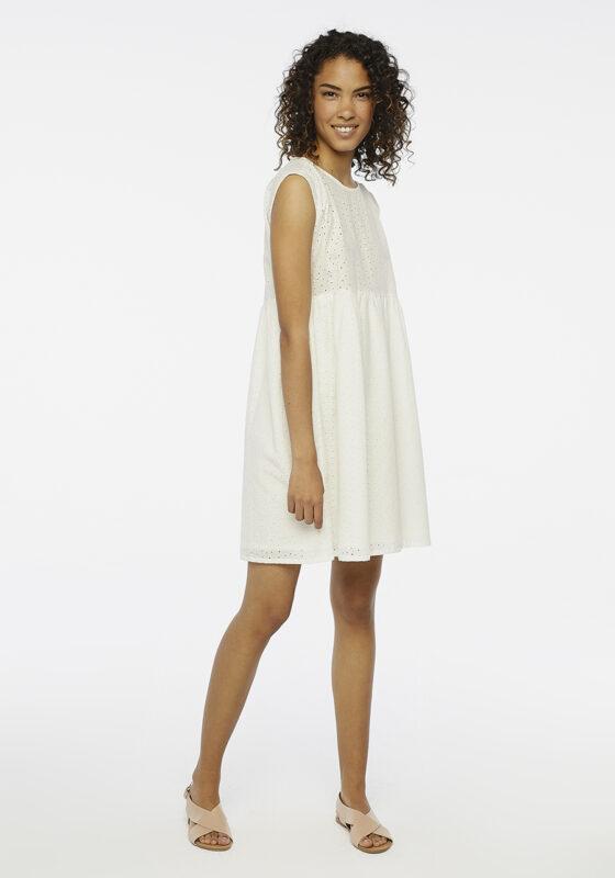 vestido-blanco-bordado-ingles