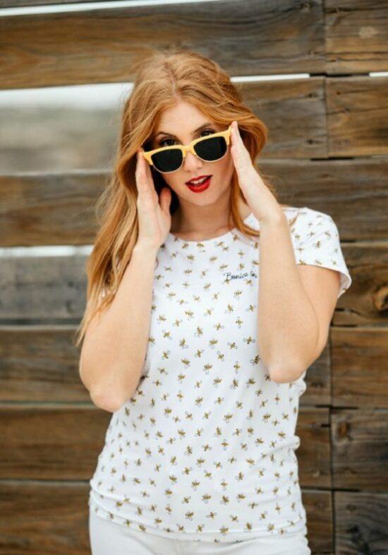 camiseta-blanca-estampado-abejas
