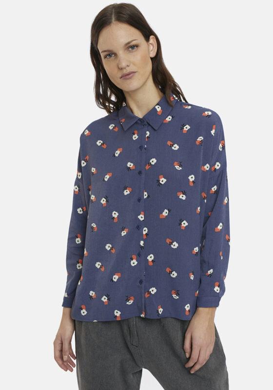 camisa-azul-estampado-floral-caviana